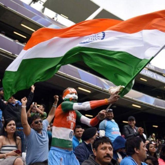 பாகிஸ்தானை 124 ரன்களில் வீழ்த்தி அமோக வெற்றி பெற்ற இந்தியா
