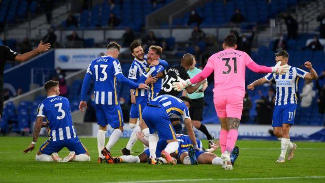 Brighton celebrate against Manchester City