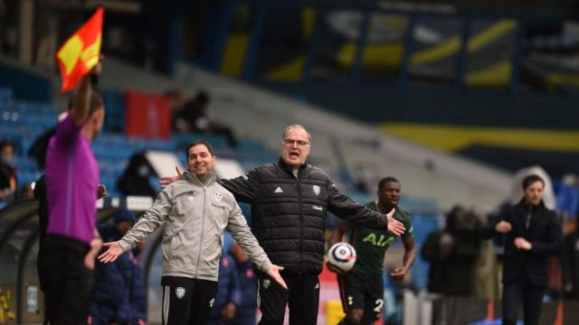 Leeds boss Marcelo Bielsa remonstrating with the assistant referee
