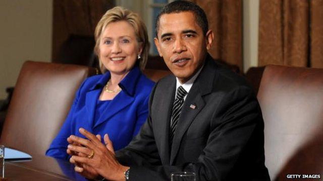 Barack Obama na Hillary Clinton wakiwa White House mjini Washington, DC 26 Januari 2009