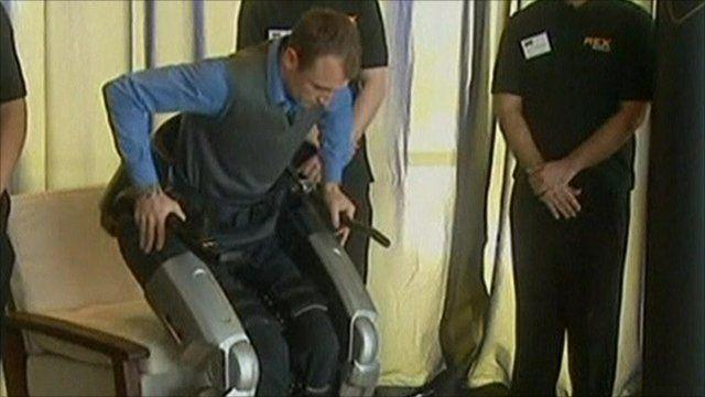 Hayden Allen with his bionic legs