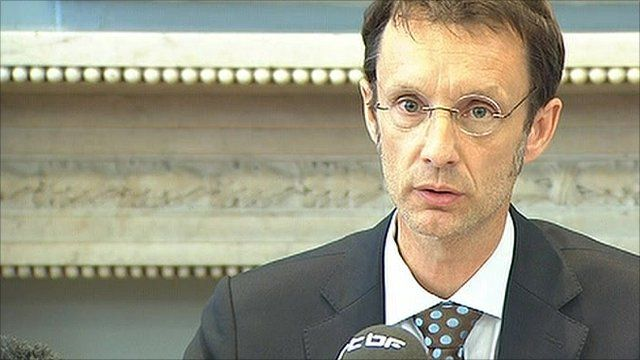 Public prosecutor Eric Vailliant