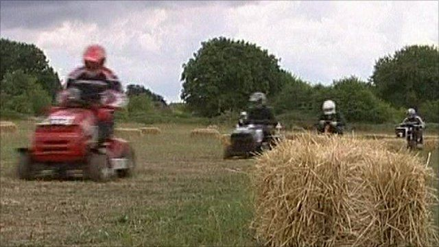Lawn-mower race