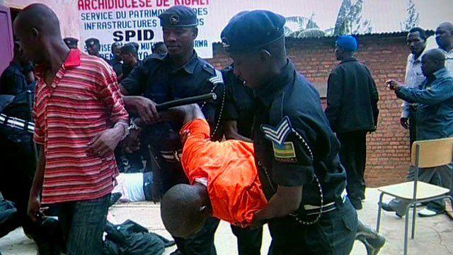 Rwandan police detaining critics of the government