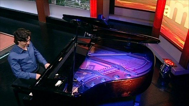 "Pianist Sergio Tiempo plays ""Horopo"" on the Andrew Marr Show"