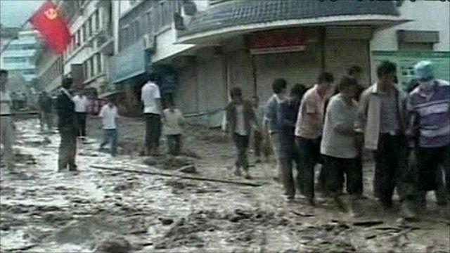 Rescue efforts in China after landslides