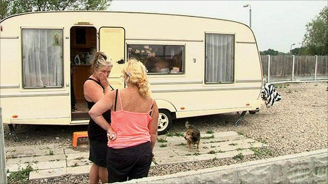 People living in a traveller community in Essex