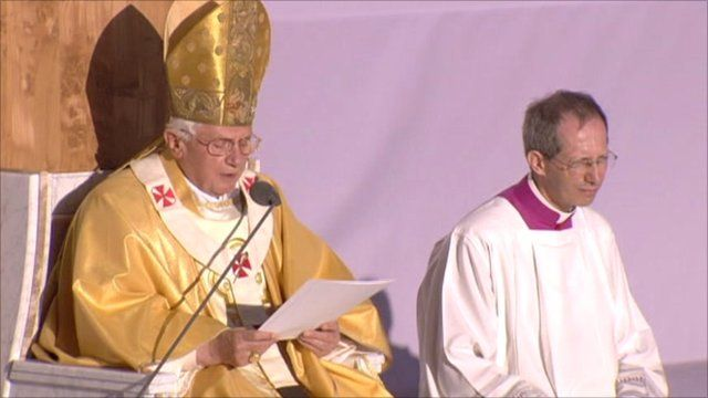Pope Benedict delivers a homily in Glasgow