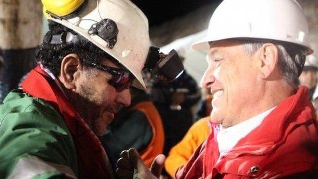 Luis Urzua with Chilean President Sebastian Pinera