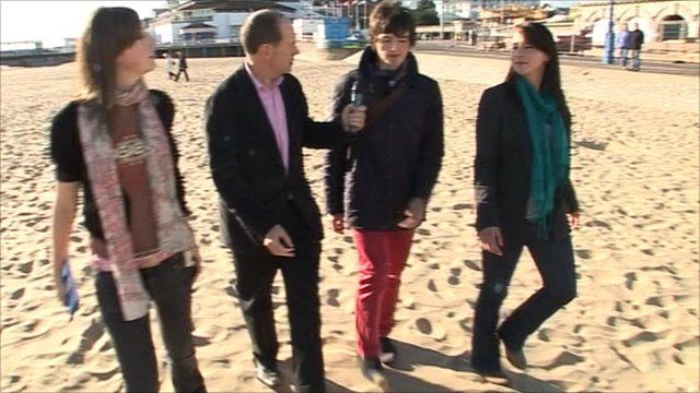 Rory Cellan-Jones with students