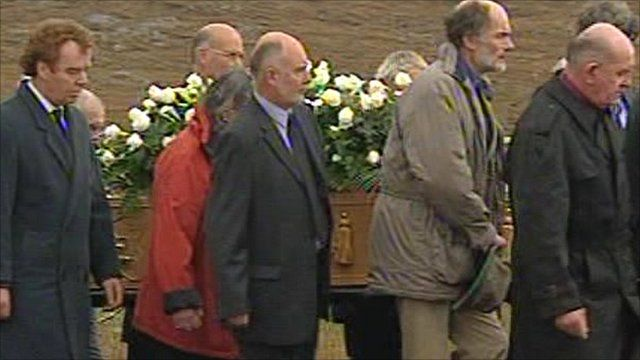 Linda Norgrove's funeral procession