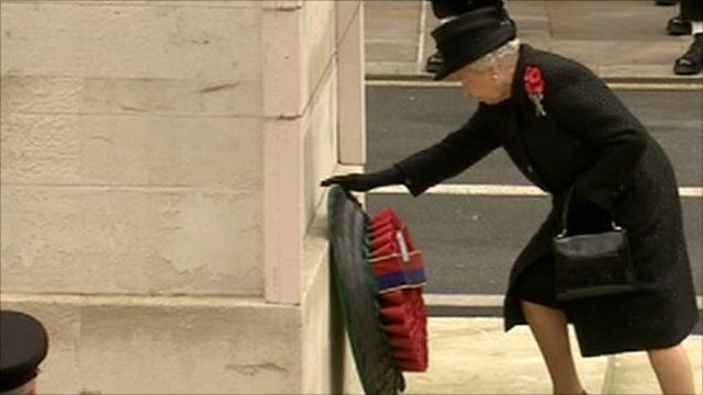 Queen lays a wreath at the Cenotaph on Remembrance Sunday