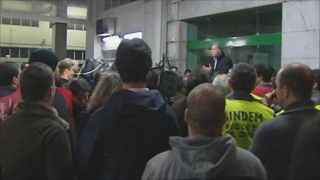 Strikers in Portugal