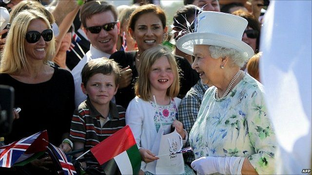 The Queen with ex-pat Britons in the UAE
