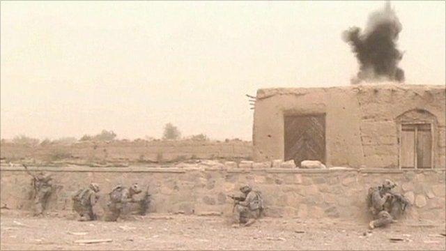 US soldiers in combat