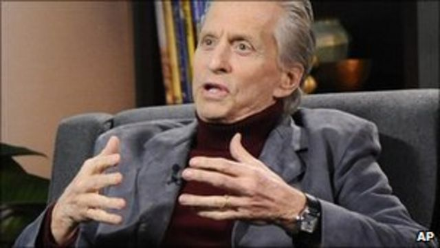 Michael Douglas 'did not say oral sex caused his cancer'
