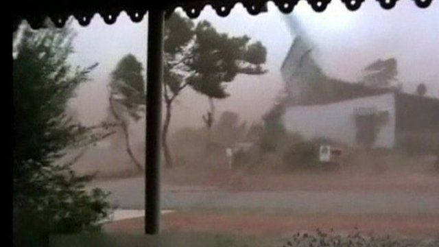 Cyclone Anthony damages property