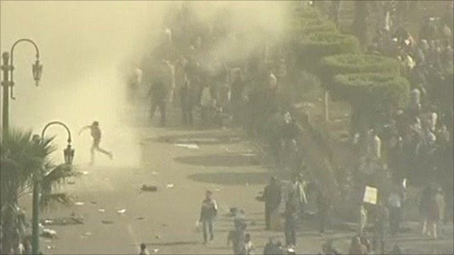 Clashes in Cairo's Tahrir Square