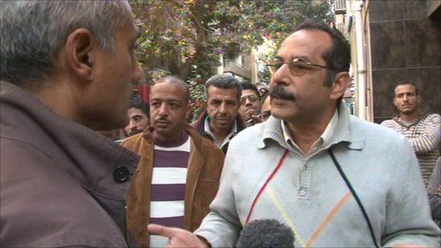 George Alagiah speaks to pro-Mubarak protesters