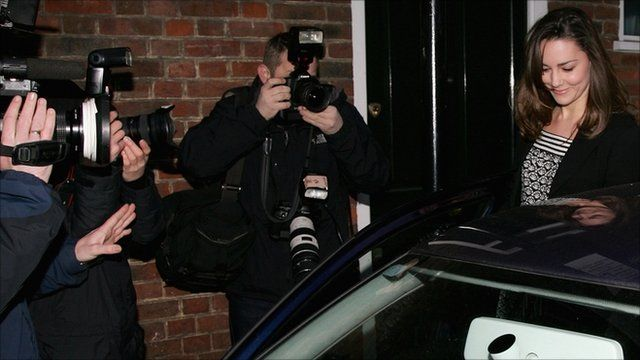 Photographers and Kate Middleton