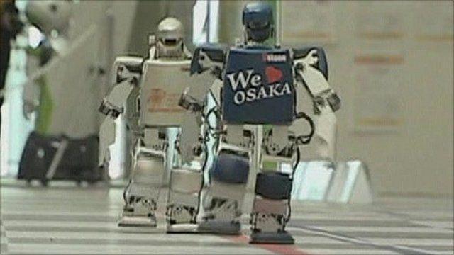 Mini-robots competing in the marathon