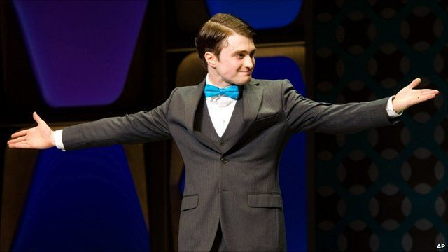 Daniel radcliffe makes his broadway musical debut bbc news media player daniel radcliffe urtaz Image collections