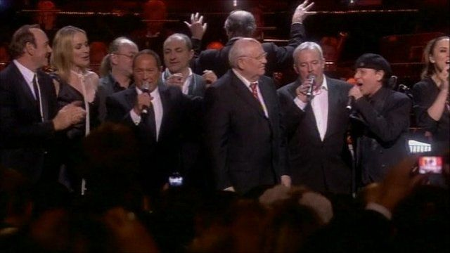 Stars singing with Mikhail Gorbachev