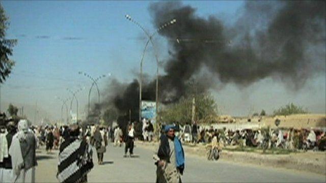 Crowds in Kandahar