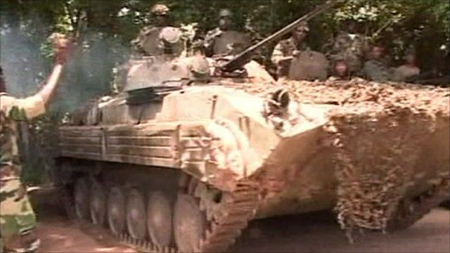 Tank with soldiers in Ivory Coast