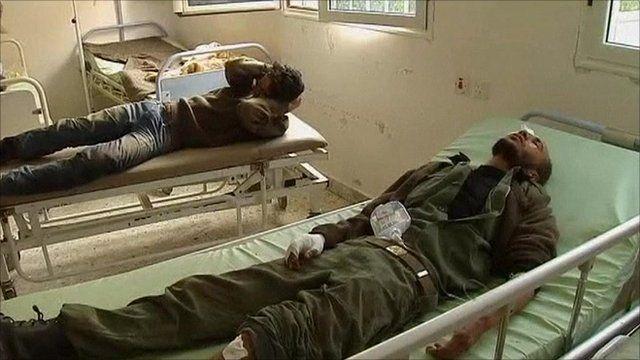 Injured Libyan rebels