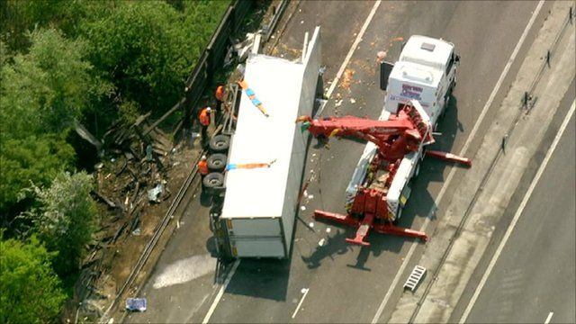Lorry crash on M11
