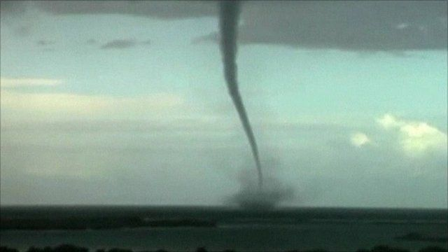 Hawaii waterspout