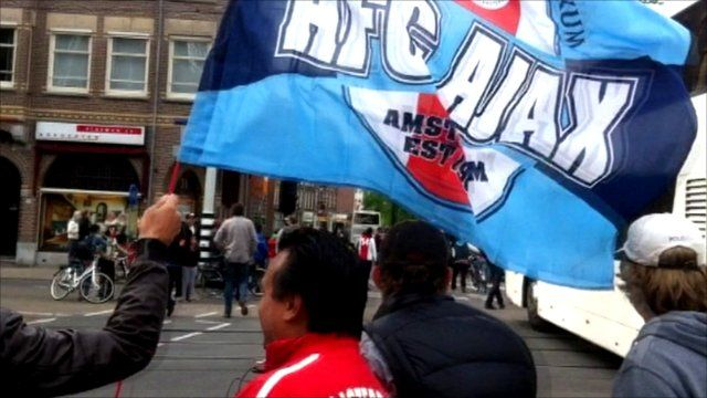Ajax fans