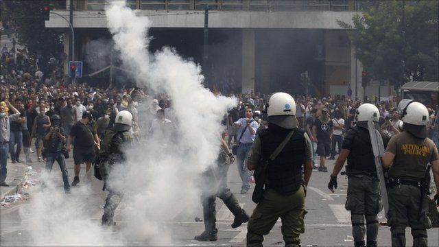 Police throw tear gas in Athens