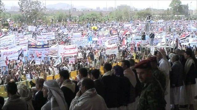 Pro Saleh supporters
