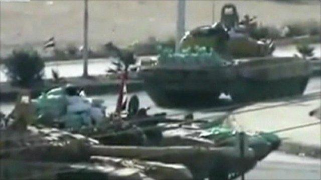 Syrian army tanks