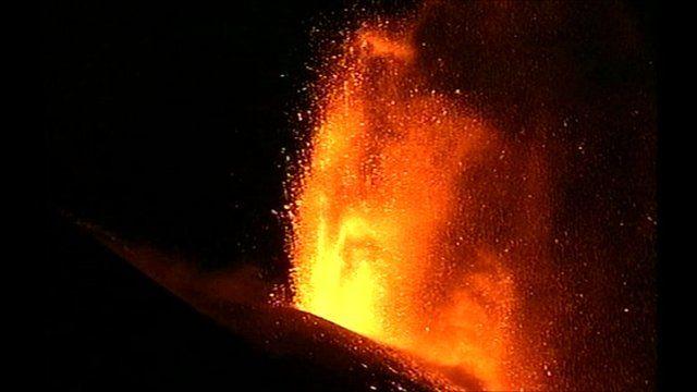 Mount Etna lave eruption