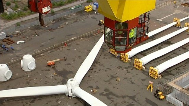 Wind turbine and crane driver