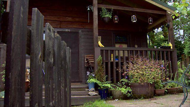 A hut in Carbeth