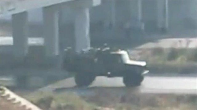 Footage purportedly showing tank in Hama on August 2