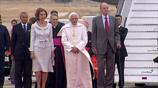 The Pope was greeted by King Juan Carlos I and Queen Sofia