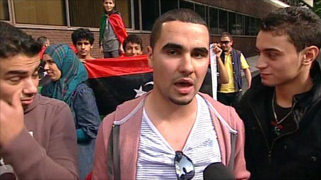 Libyan community members