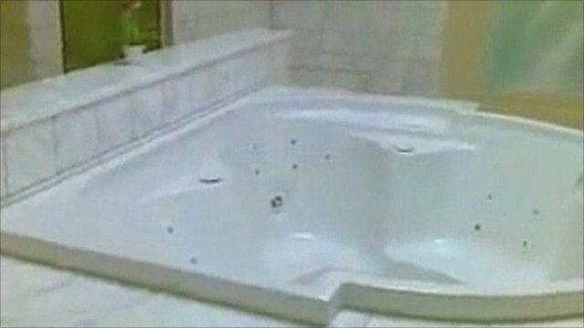 Aisha Gaddafi's bathroom