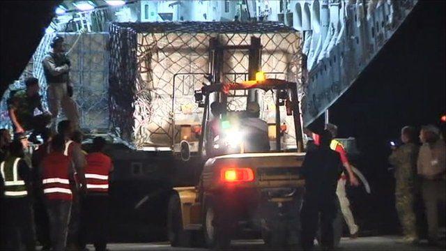 Cash unloaded from RAF plane in Libya