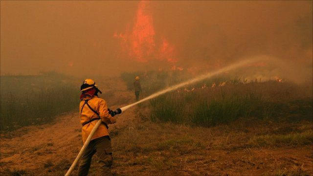 Wildfires in Texas burn down residential areas