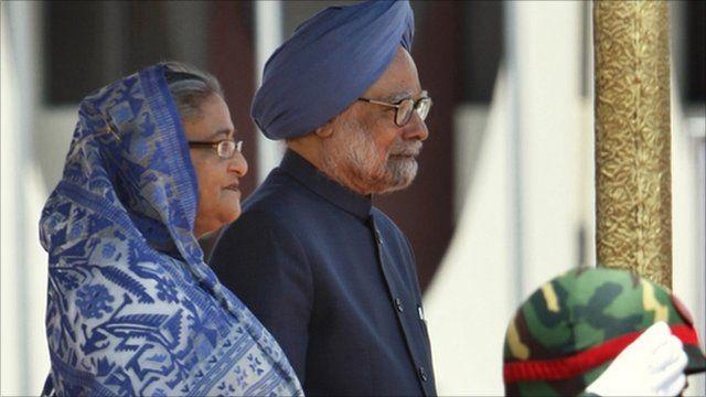 Bangladesh Prime Minister Sheikh Hasina and Indian Prime Minister Manmohan Singh