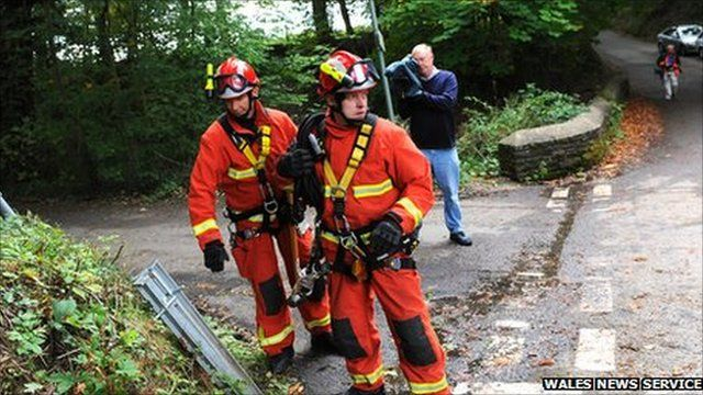 Emergency services at Gleision Colliery, Pontardawe