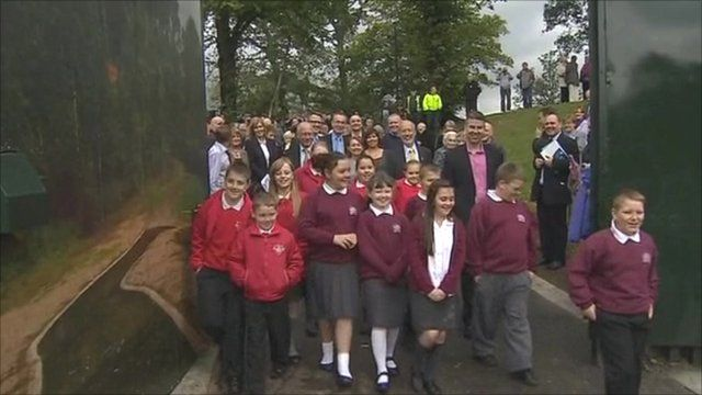 New gate in Belfast 'peace wall' is opened