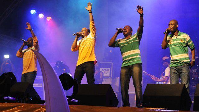 Magic System performing in Abidjan