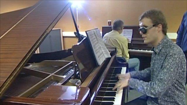 Derek Paravicini at the piano